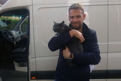 transport-pisica-august-anglia-2015